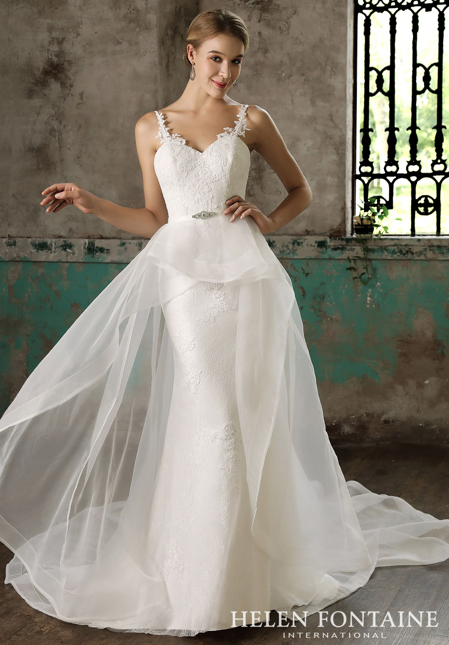 Modern Lace Straps Gown with Detachable Organza Train