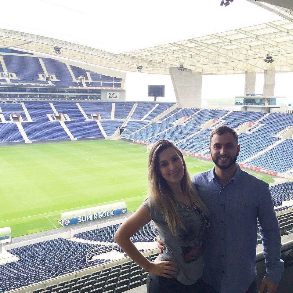 Estádio do dragão com a minha princesa. #porto #portugal #fazumcafuné #douro by matheuslicurgo