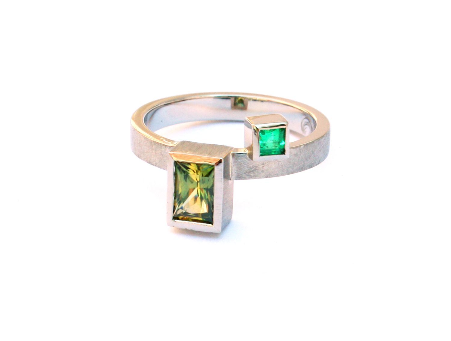 square emerald aust parti sapphire gems langford cut yellow sapph product australian blue