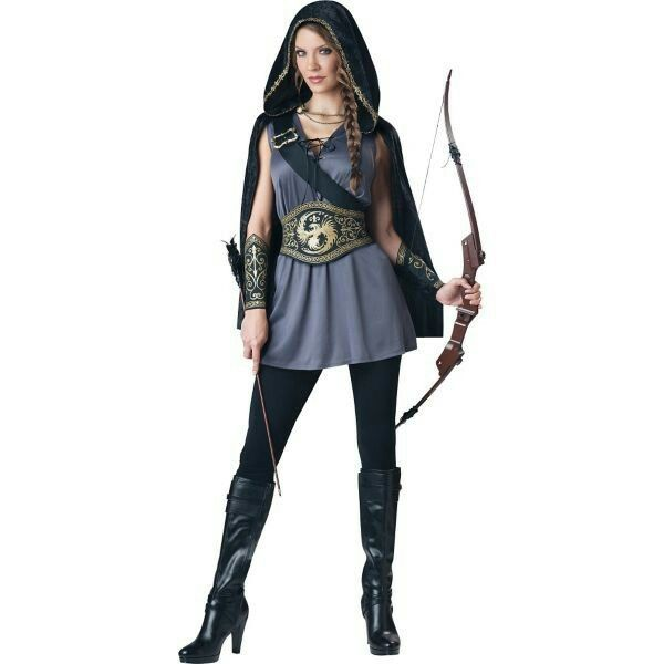 Huntress costume: Party City