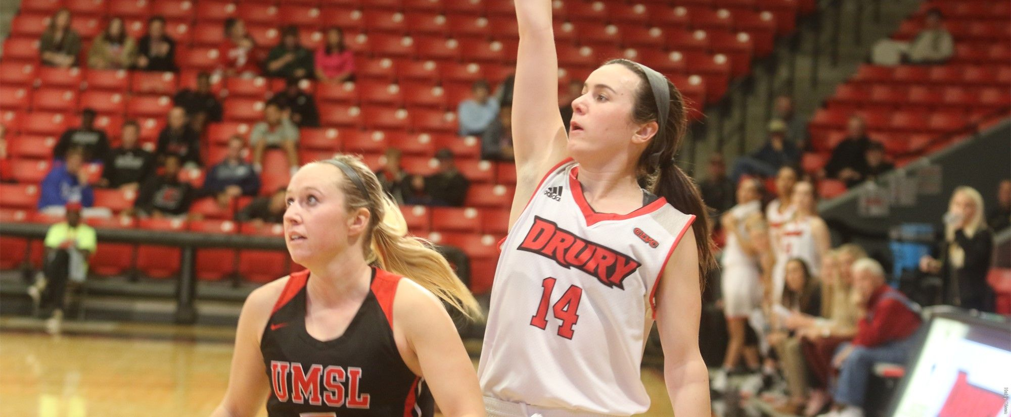 Big Second Quarter Lifts Lady Panthers Past Umsl Lady Womens Basketball Athlete