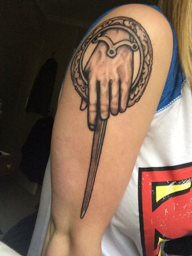 2432dee47 34 Best Game Of Thrones Tribute Tattoos | Black and Gray Sleeve ...