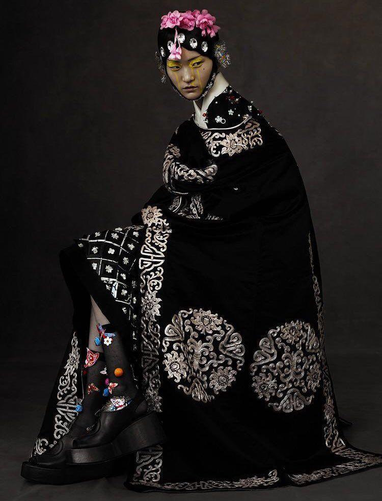 Pin von An Ca auf Noir Lune | Modestil, China mode, Mode ...