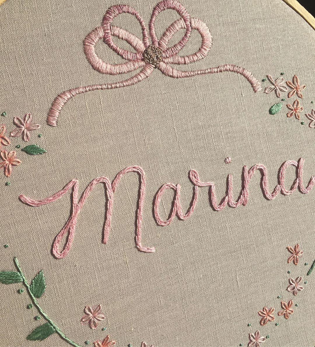 """Cerejinha Bordados on Instagram: """"Essa é a declaração de amor pra dar as boas vindas a Marina , muita delicadeza e muito amor envolvido 🥰 #cerejinhabordados…"""""""