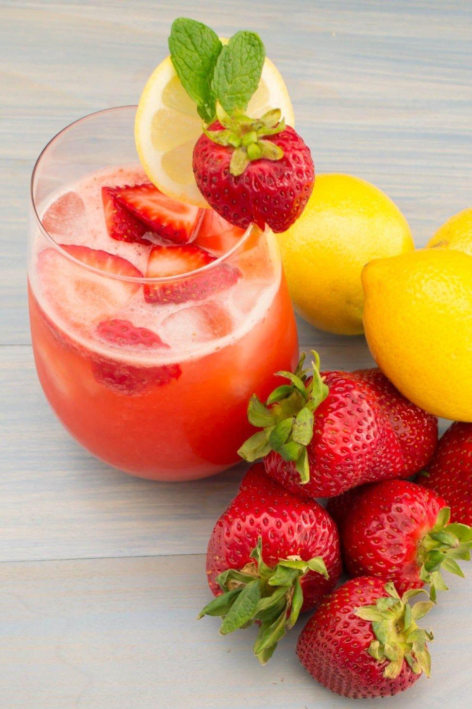 Fresh strawberry lemonade recipe strawberry lemonade