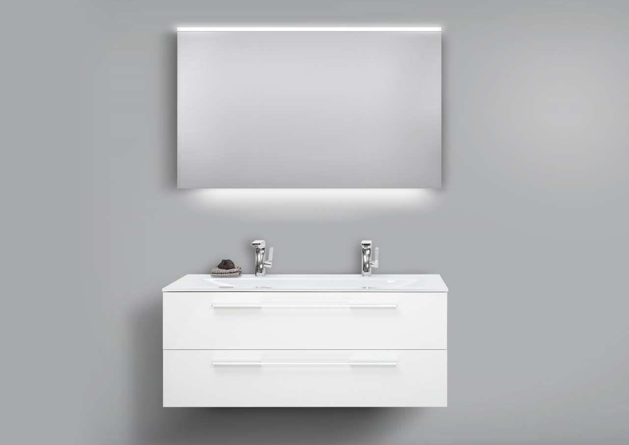 Badmobel Set Glaswaschtisch 120 Doppelwaschbecken Mit Unterschrank Lichtspiegel Jetzt Bestellen Unter Https Moebel Badmobel Set Glaswaschtisch Unterschrank