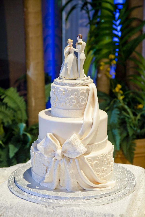 disney fairytale wedding cakes disney tale wedding norman disney 13551