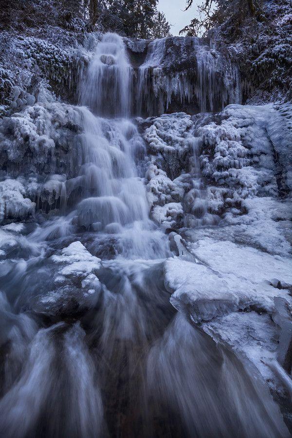 Royal Terrace Frozen by Alan Howe on 500px