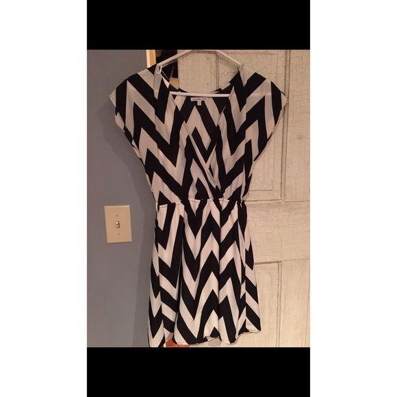 Chevron dress Black and white chevron dress worn once Charlotte Russe Dresses
