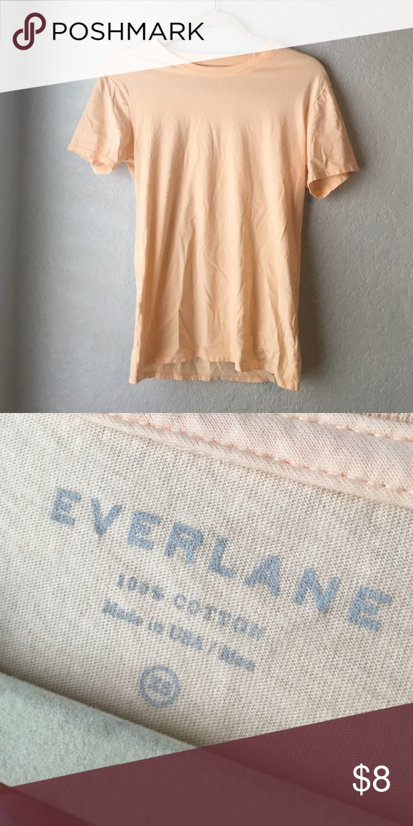 Everlane T-shirt in Peach MUST SELL BY JUNE 21ST. Men's tee in XS, but works well for women's XS-S. No stains or imperfections. They no longer sell this color. Everlane Tops Tees - Short Sleeve