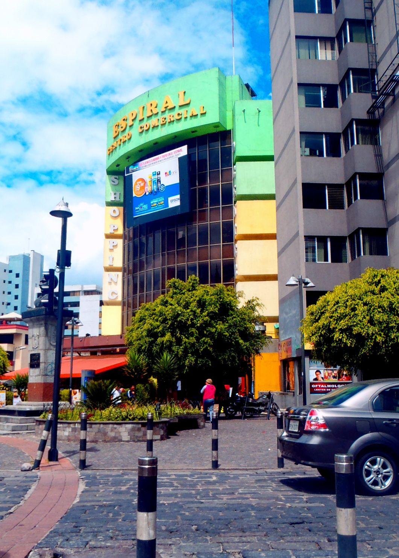 Avenida Amazonas, Quito