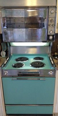 Vintage 1963 GE Double Oven Range In Excellent Condition Turquoise Color Vintage Kitchen