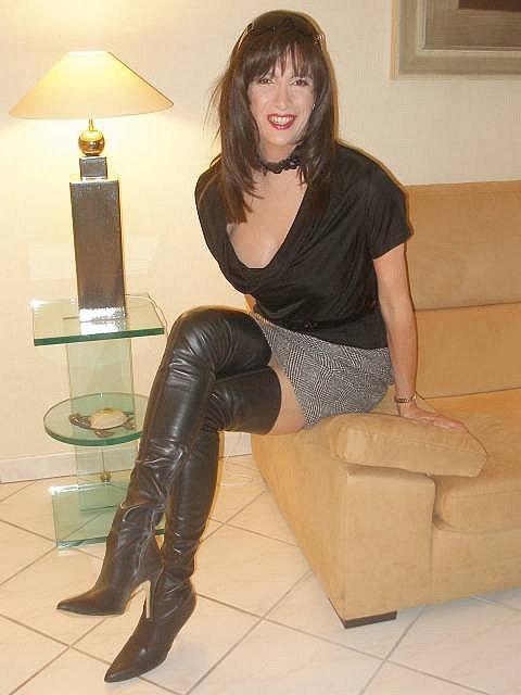 Crossdresser in boots