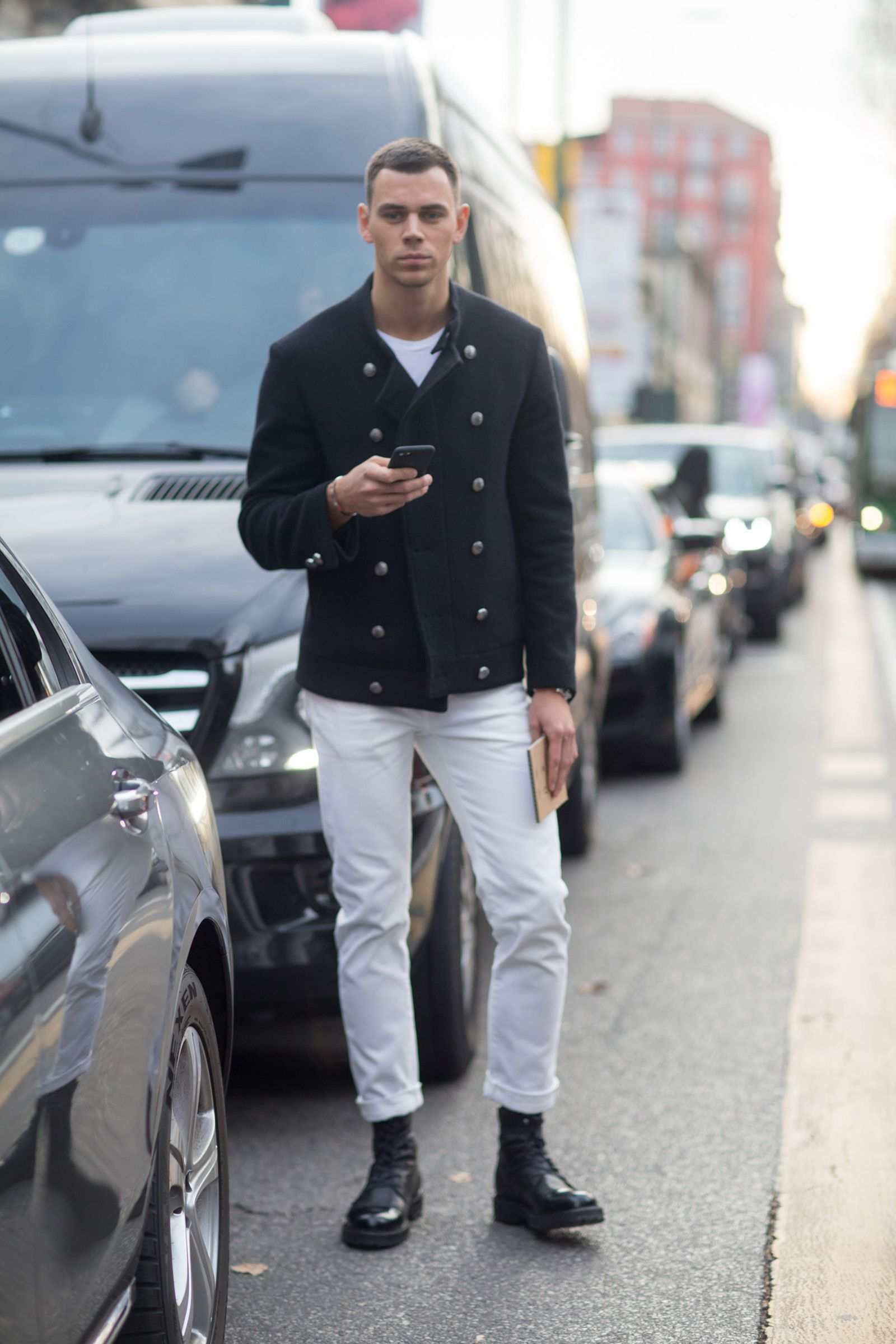 The Best Street Style From Italy Mens Fashion Week Italian Mens Fashion Cool Street Fashion Men Street Look