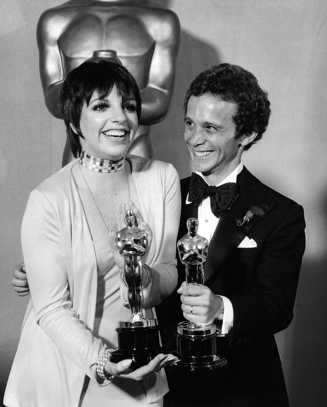"""The Academy Awards Ceremony Best Actress Oscar Best Supporting Actor Oscar Liza Minnelli Joel Gray for """"Cabaret"""" 1972 on March 1973 at the Annual Academy ..."""