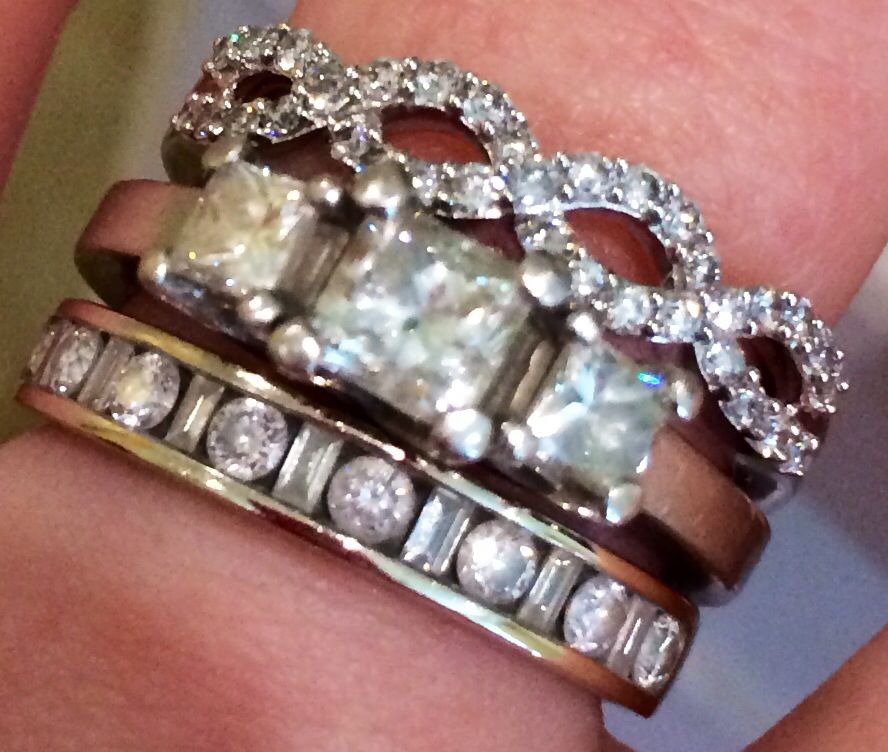 Stacking Diamond Rings, mixing styles