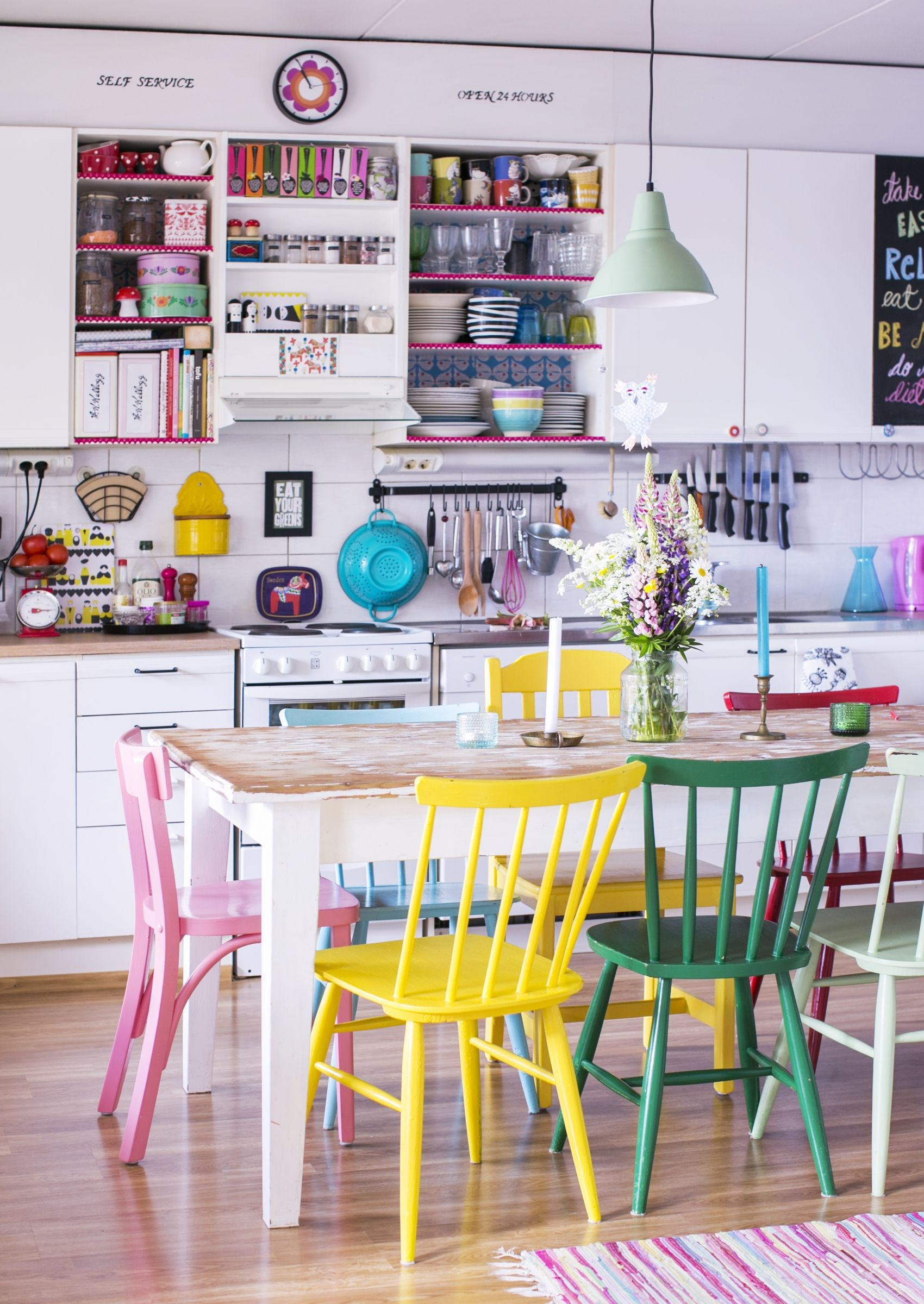 Love The Brightly Colored Chairs In This Kitchen Dining Space!