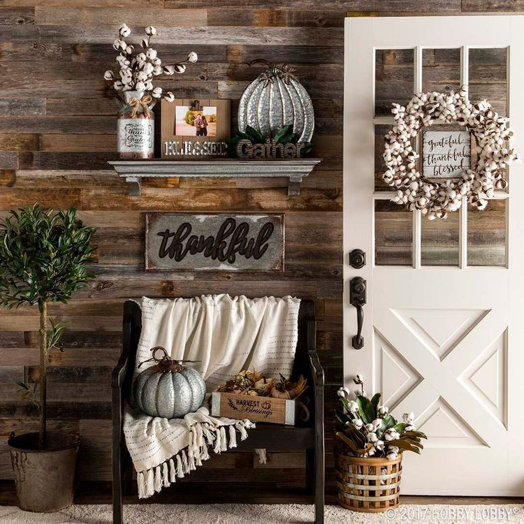 Rustic farmhouse entry and mudroom. Barnwood shiplap on