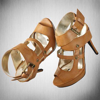 Platform high heels, Peep toe platform