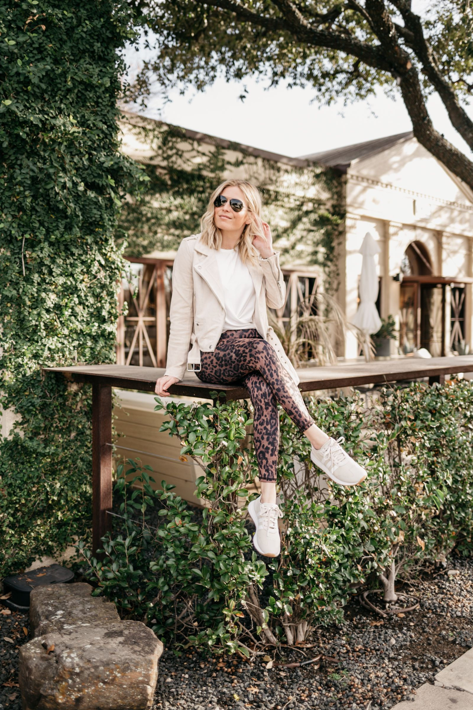 Chic Athleisure Outfits for Fall and Winter |  One Small Blonde #womensfashion #athleisure #fitness