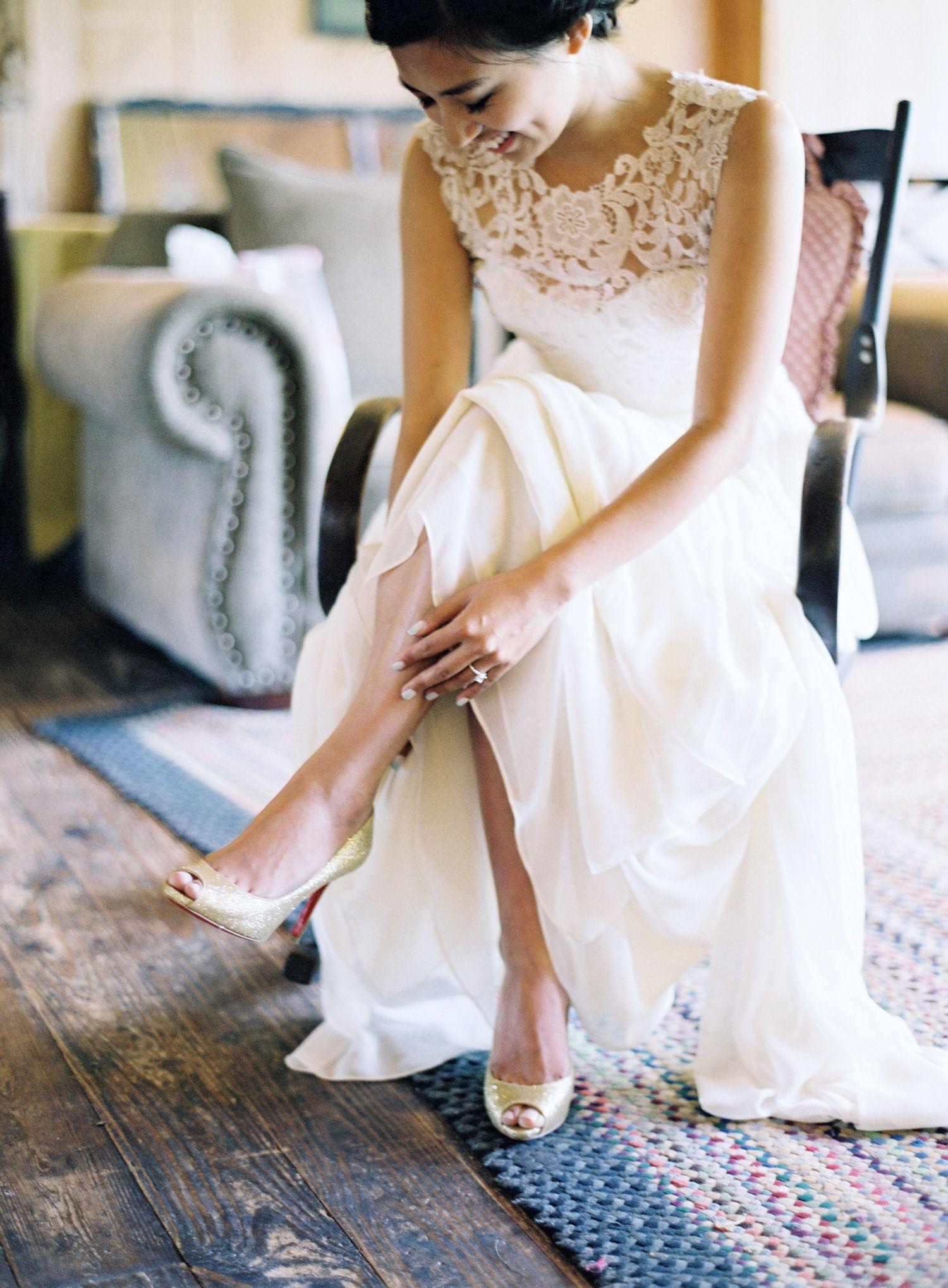 Sarah Seven wedding dress from lovelybride.com | Read More: http://www.stylemepretty.com/2014/09/12/elegant-crossed-keys-inn-wedding/ | Photography: Matthew And Bo Of CLY BY MATTHEW - www.clybymatthew.com