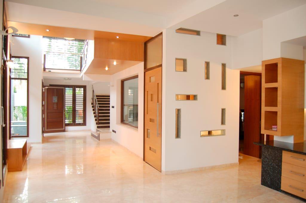 Dr Hariharan Residence Modern Corridor Hallway Stairs