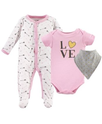 Hudson Baby Sleep And Play Bodysuits And Bandana Bibs 3 Piece Set 0 9 Months Pink 6 9 Months Baby Sets Hudson Baby Baby Bodysuit