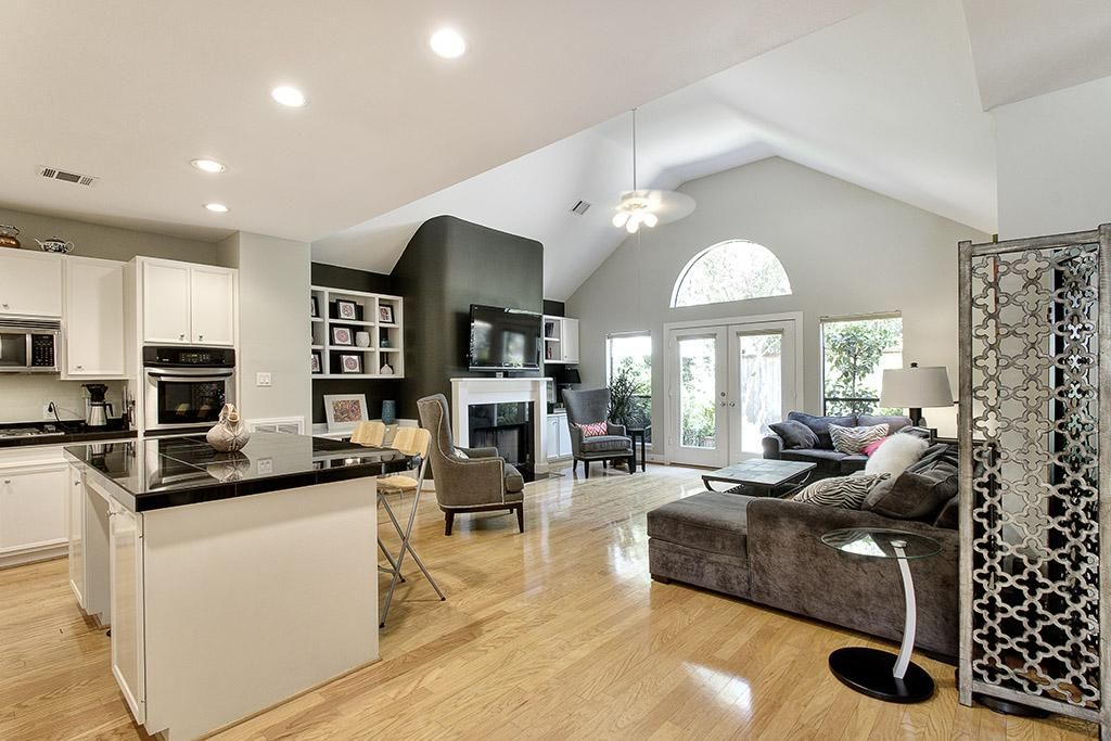 24 Large Open Concept Living Room Designs Page 4 Of 5 White House Interior Living Room White Modern White Living Room