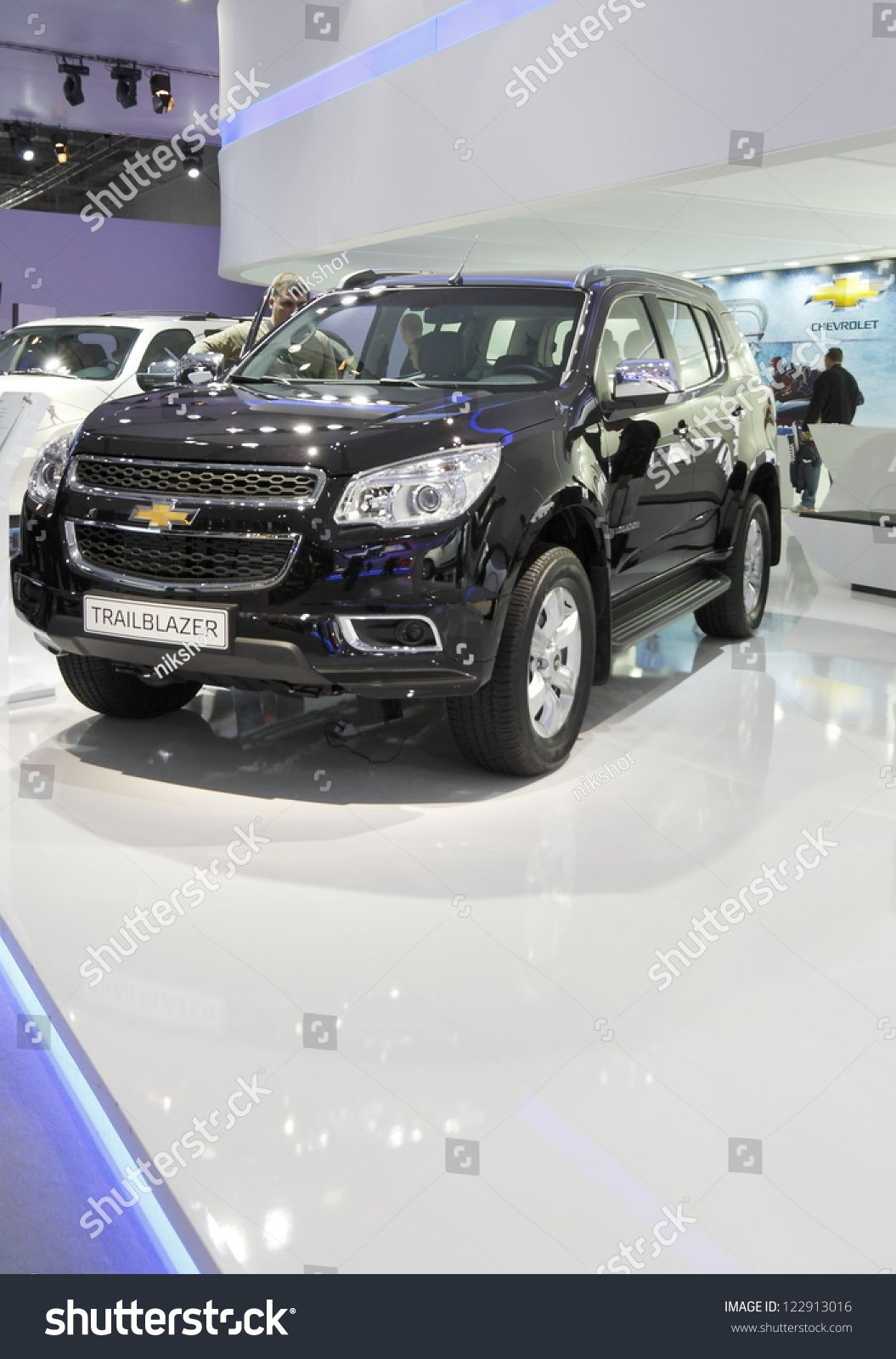 Moscow September 3 The European Premiere Of Chevrolet Trail Blazer At The International Automobile Salo Chevrolet Trailblazer Chevrolet Icon Design Inspiration