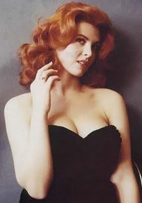 Love Red Head Pin-Up Girls.... Love This!