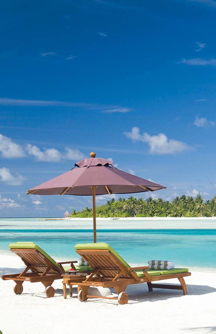 Luxury Life Design Most Romantic Honeymoon Destinations: Beach View #themaldivesnaladhu Vossy.com