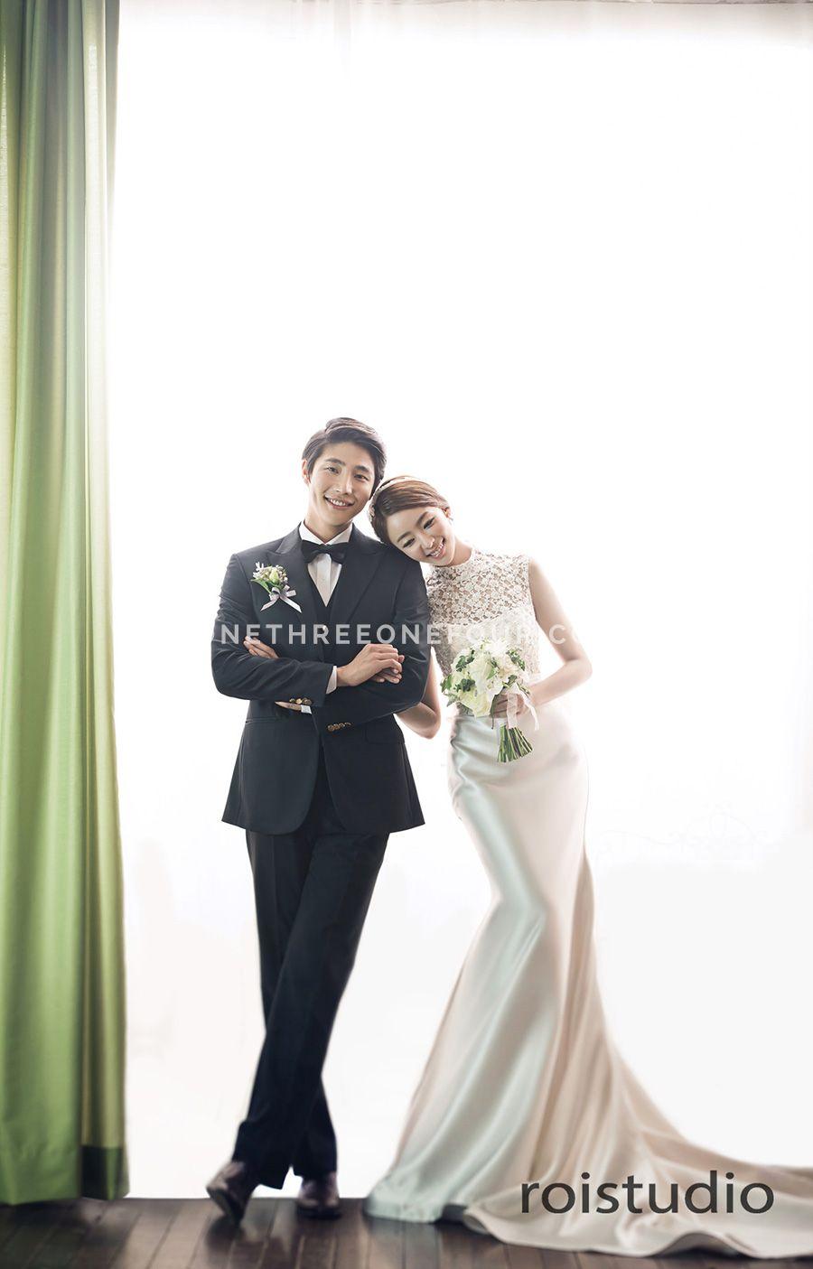 Korean Wedding Studio Photography Modern Chic Set Hanbok