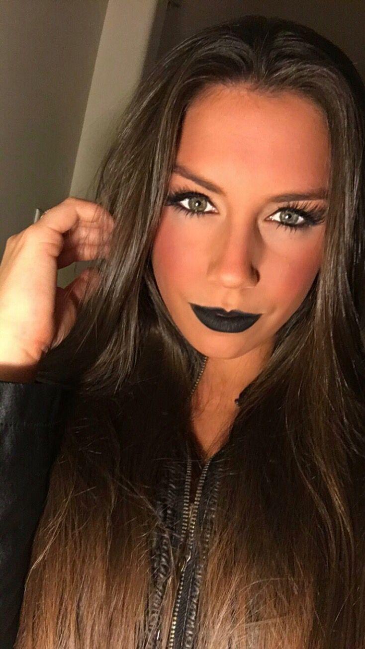 Fall makeup! Perfect for a chic Halloween! IG @jackiebellexo