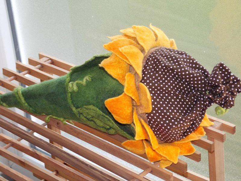 """Schultüte """"Sonnenblume"""" von Tani""""s Filzwelt auf DaWanda.com"""