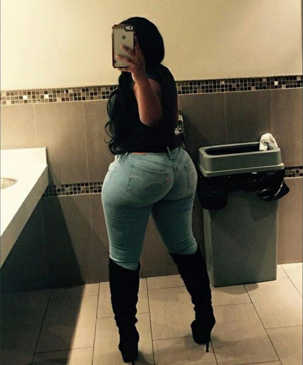 i like big butts and i can not lie : photo | the thickness