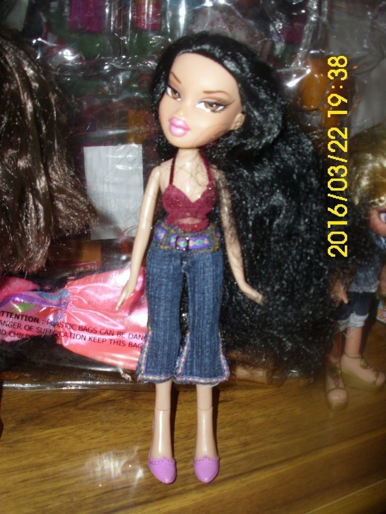 Mga Bratz Doll Long Black Hair Tattoo On Arms Brown Eyes Midriff Top Jeans Shoe Mgathebratz Dollswithclothingaccessories Poupee