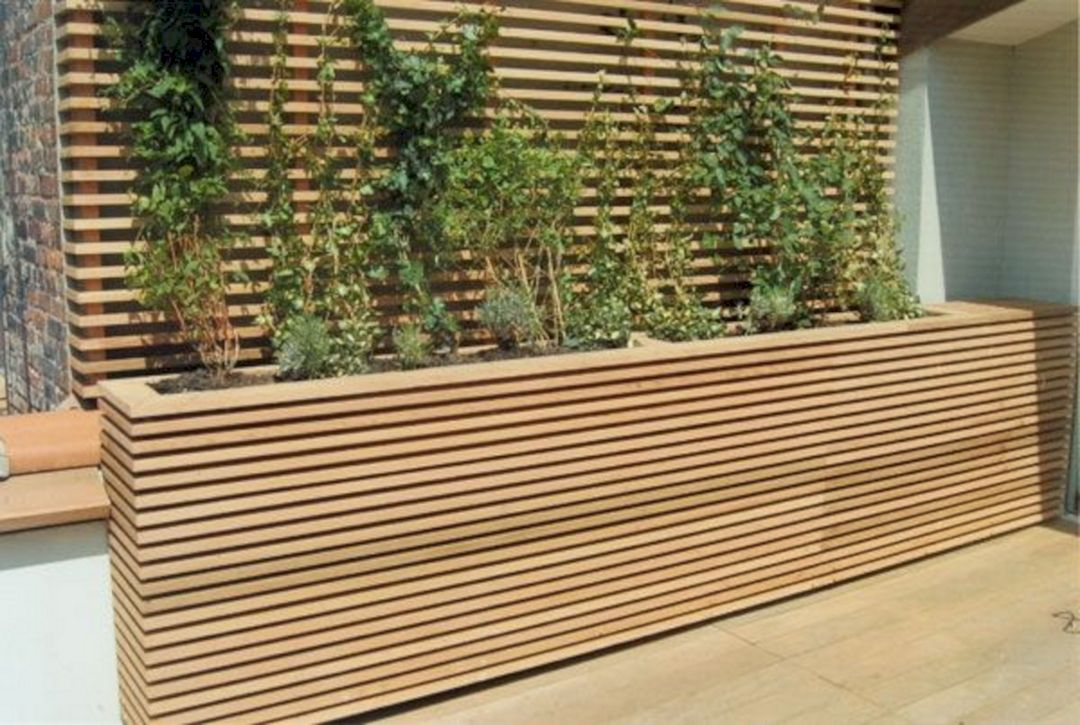 Incredible 25 Privacy Wall Planter Design Ideas In 2020 Large Patio Planters Patio Planter Boxes Patio Planters