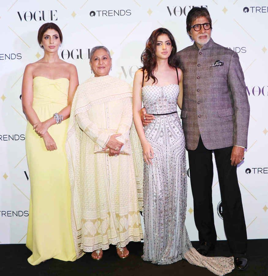 Amitabh Bachchan With Family At The 'Vogue Beauty Awards