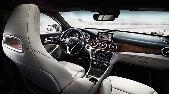 The new GLA is equipped with the most recent developments of seamless device integration.