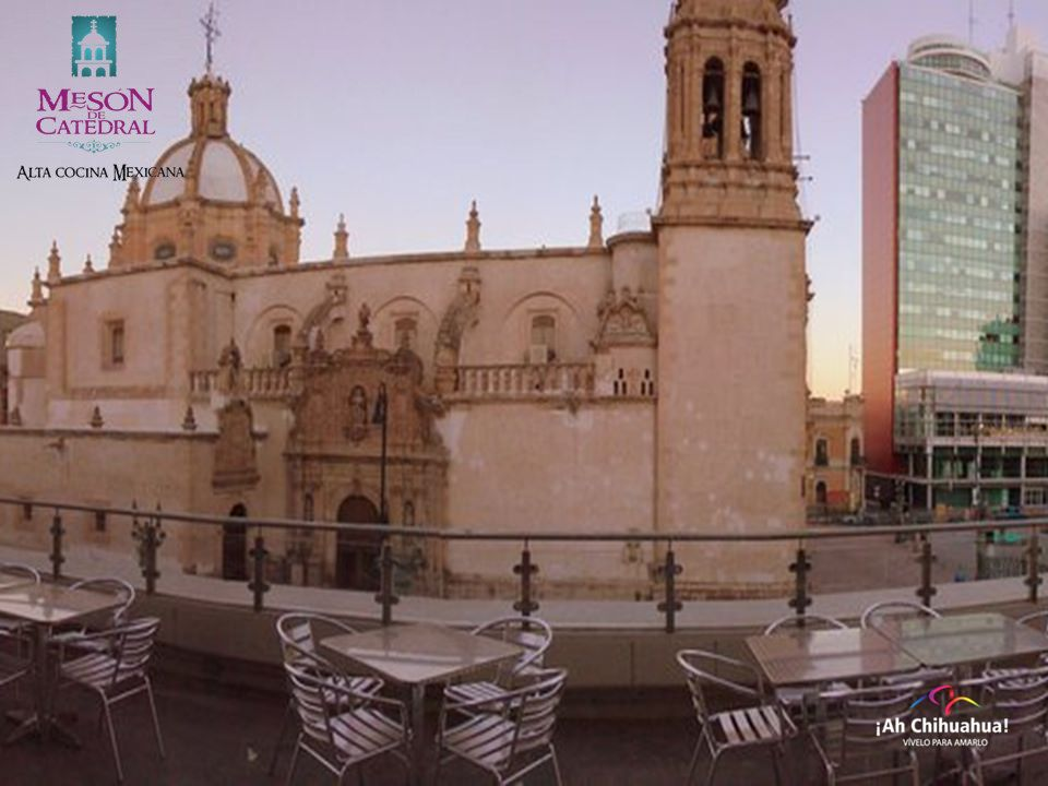 Con la mejor ubicación en el Centro Histórico de Chihuahua,  se encuentra nuestro restaurante MESÓN DE CATEDRAL. A un costado de la majestuosa Catedral de la ciudad de Chihuahua, venga a saborear los exquisitos platillos típicos de la región en compañía de familiares y amigos. Aquí lo atenderemos como usted lo merece. https://es-la.facebook.com/pages/Meson-De-Catedral/102009729864073.  #turismoenchihuahua