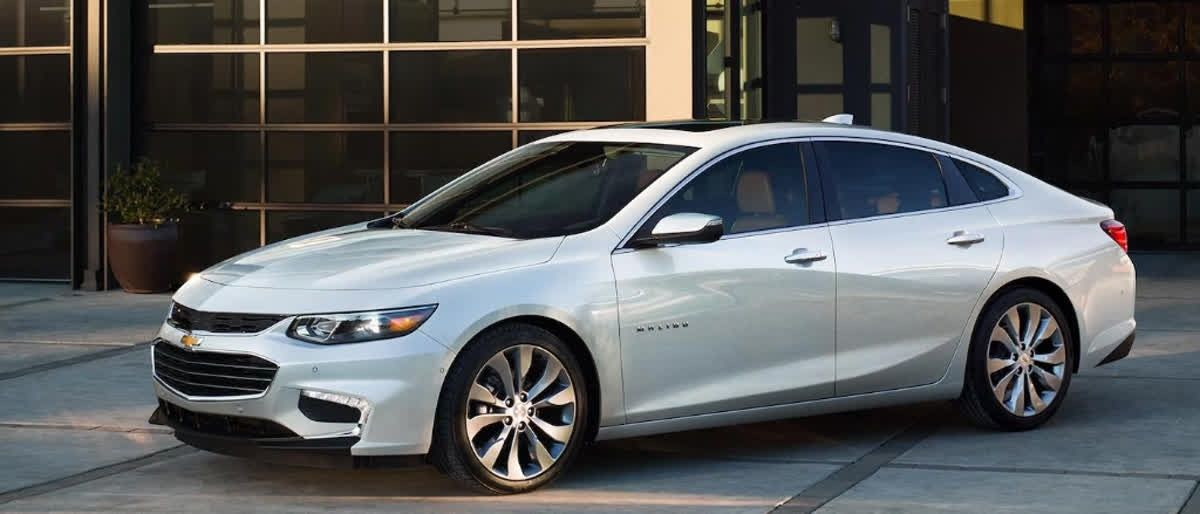 The Chevrolet Malibu S New Grinning Grill And Smiling Headlights With European Curves Will Make You Think Of Chevrolet Malibu Chevy Sports Cars Chevy Malibu