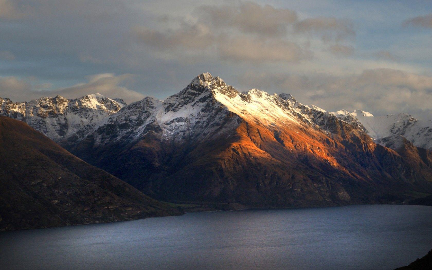 Walter Peak, New Zealand Queenstown, Scenery wallpaper
