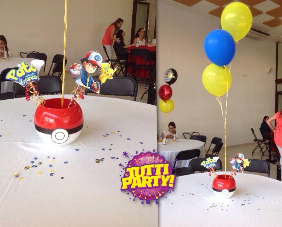Pokemon Center Table Pokeball Party Ideas Centerpieces Centros De Mesa Pokemon Pokemon Birthday Party Pokemon Party Pokemon Birthday