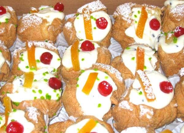Zeppoles A Sicilian Deep Fried Dough Dessert Filled Sweetened Ricotta Cheese From Villabate