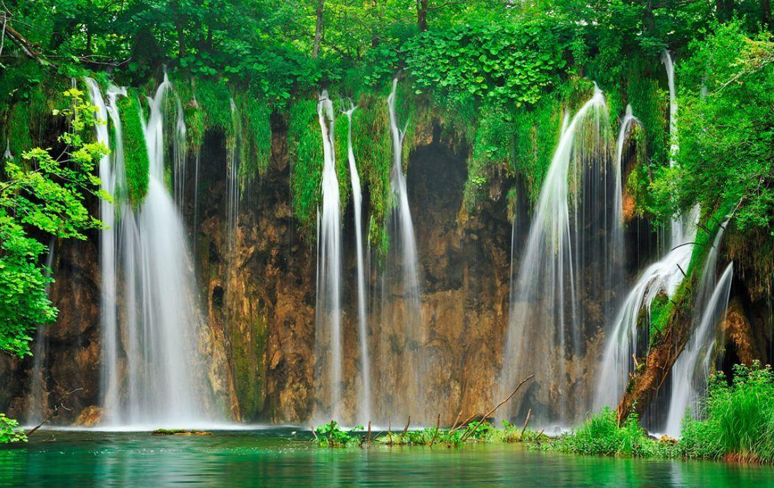 Les 20 Plus Belles Cascades Et Chutes D Eau Du Monde Chute D Eau Paysages Du Monde Parc National Plitvice