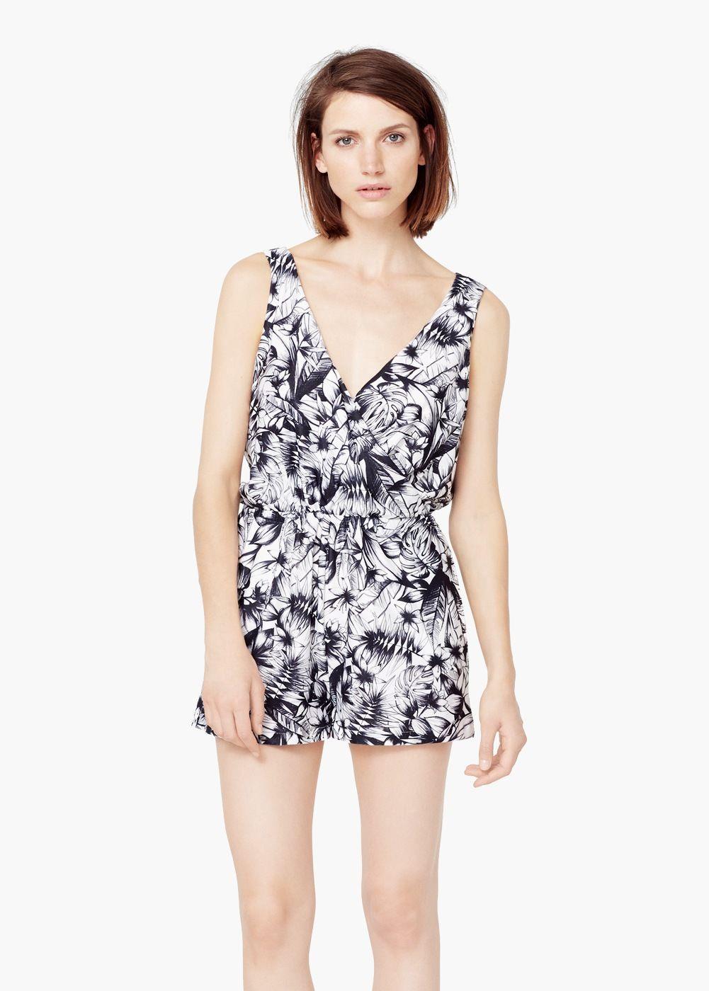 Printed short jumpsuit - Women   Looks   Jumpsuit, Short jumpsuit ... cc9778fce10d