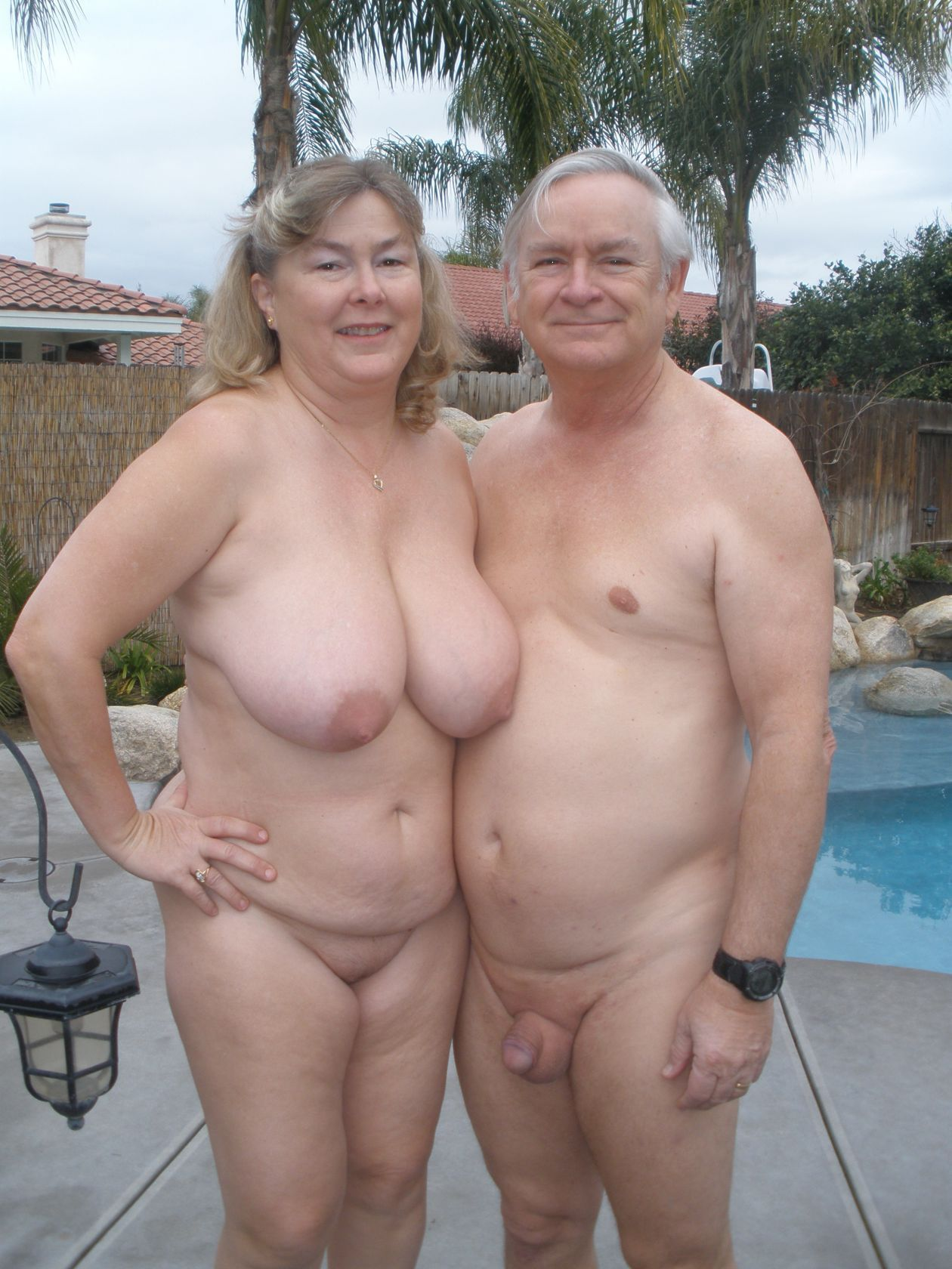 Older mature swingers nude photos