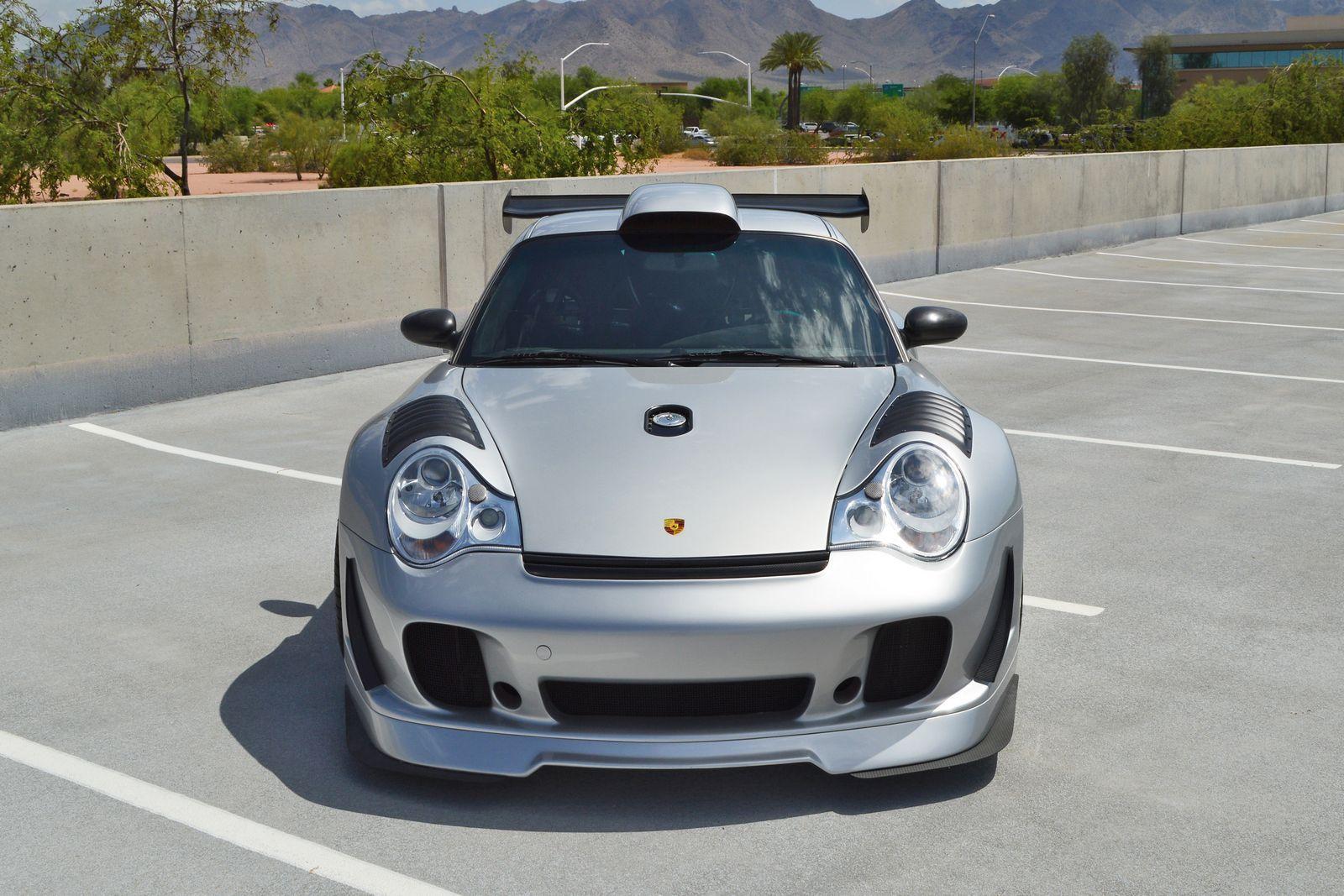 Porsche 2002 porsche 911