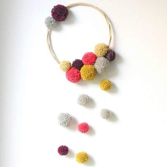 Baby Mobile Dreamcatcher Wall Hanging Wall Decor Pom Poms Yellow Gray Pink Home Decor For Nursery Baby Shower Gift Decoration Faite Main Artisanat De Pompons Et Capteurs De Reves De Napperon