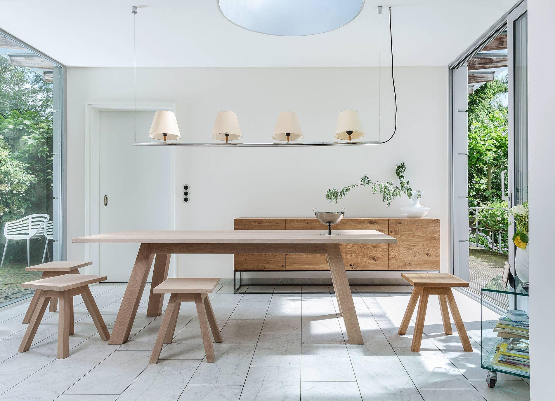 massivholzm bel aus eiche von der deutschen manufaktur form exklusiv esszimmer diningroom. Black Bedroom Furniture Sets. Home Design Ideas
